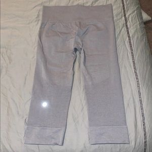 Lulu lemon gray crop leggings